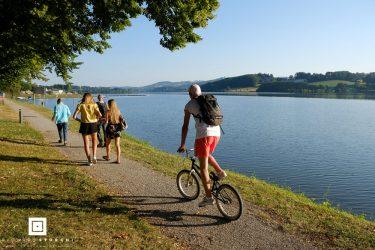 Promenade autour du Lac de villefranche de Panat Alrance sur le Lévézou en Aveyron
