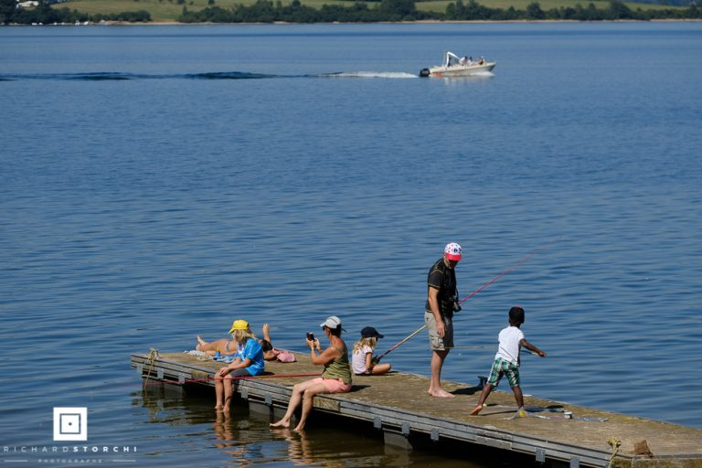 Activité -pêche sur lac