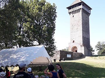Au printemps, le Point Info Séniors et le Syndicat Mixte du Lévézou organise sur le Lévézou en Aveyron une journée multisports pour les plus de 60 ans séniors.