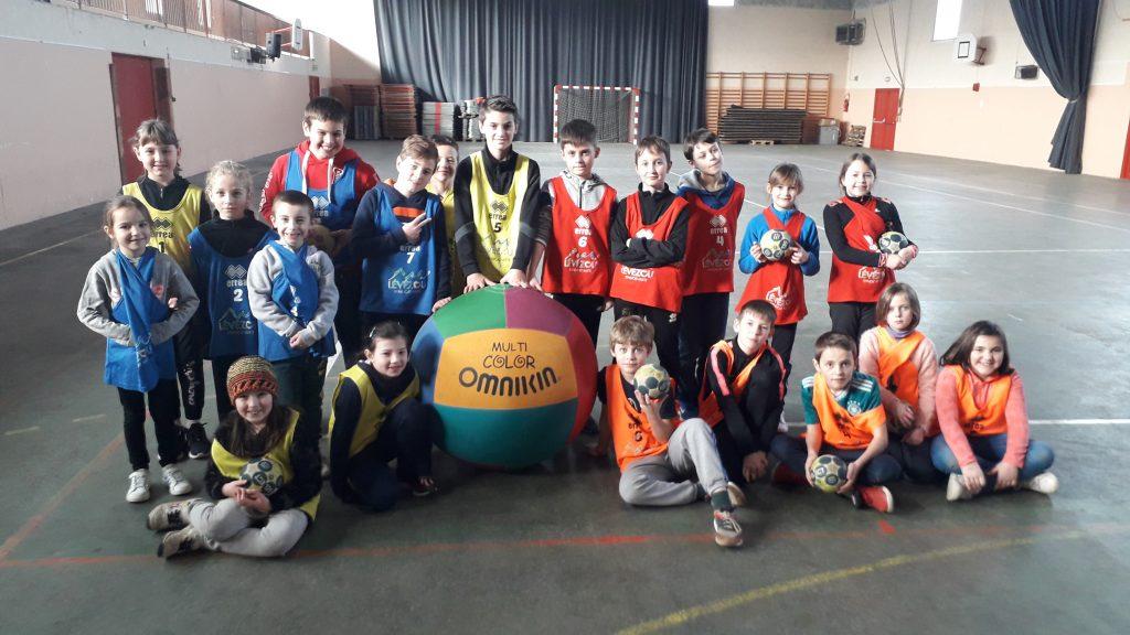 Le syndicat mixte du Lévézou propose aux enfants un Stage sportif durant les vacances sur le Lévézou