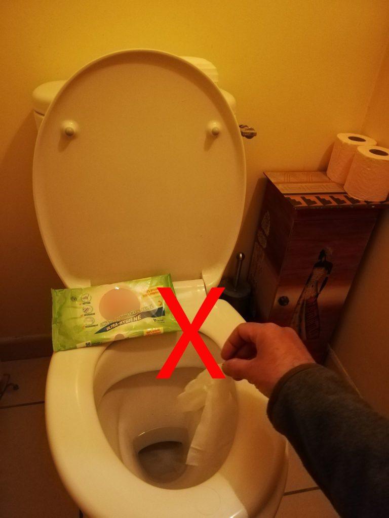Pas de lingettes dans les toilettes