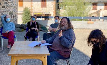 Lévézou Culture : Eugène Durif en stage d'écriture à Arvieu pour La Petite Histoire