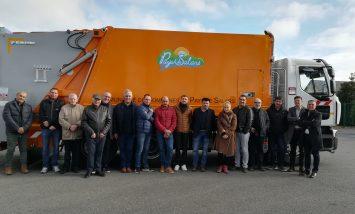 La Communauté de Communes de Pays de Salars investit dans un camion poubelle